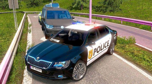 高级警车驾驶游戏截图